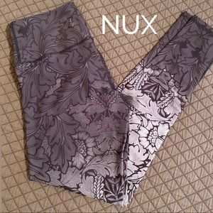 NUX Grey Ombré Patterned Yoga Athletic Leggings